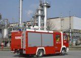 Xe chữa cháy công nghiệp bằng bọt khô4