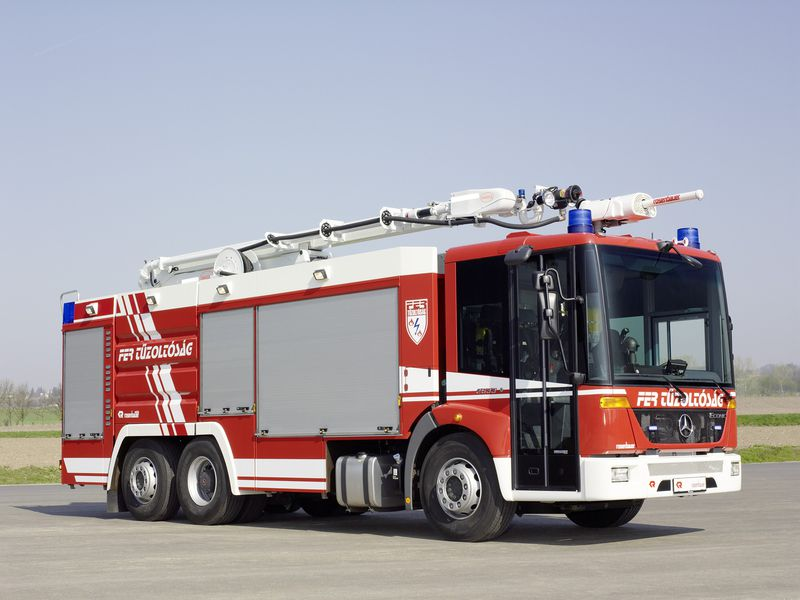 Xe chữa cháy công nghiệp thiết kế tùy biến6