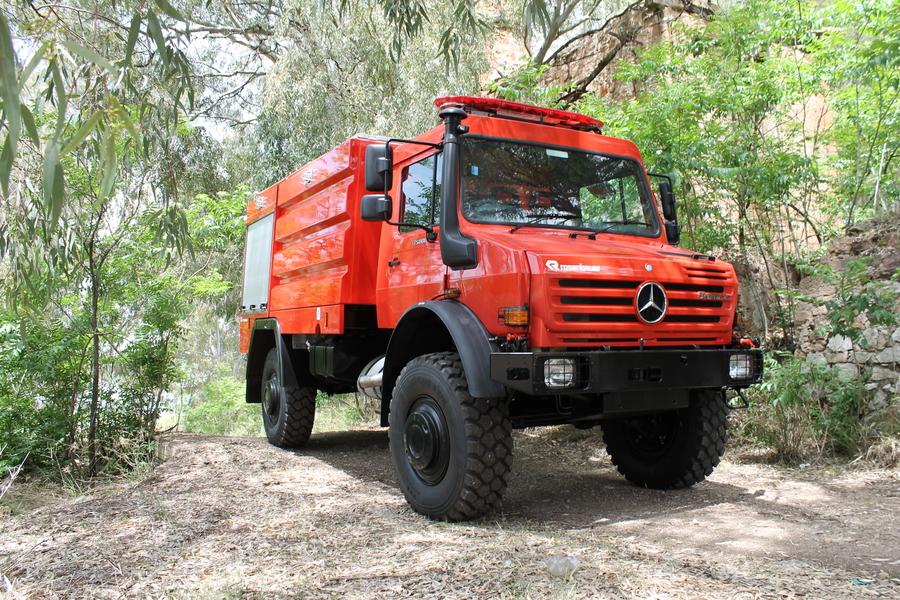 Xe chữa cháy rừng9