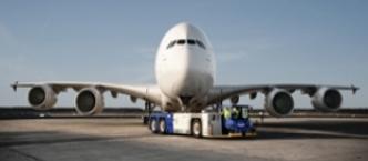 Kho chứa máy bay